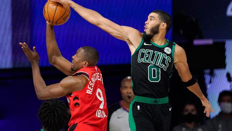 Boston Celtics ve Los Angeles Clippers serilerinde öne geçti