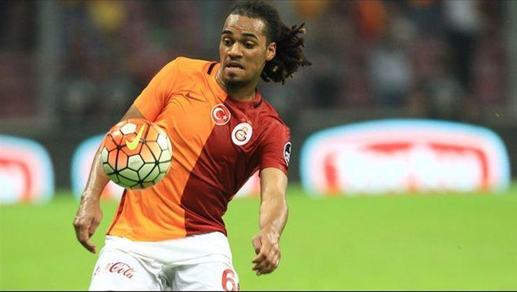 Jason Denayer'in kafası İngiltere'de