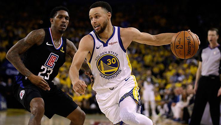 Curry, Play-Off'lara rekorla başladı