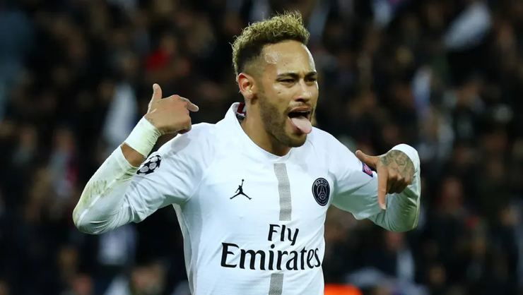 Real Madrid ve Barcelona'nın Neymar savaşı