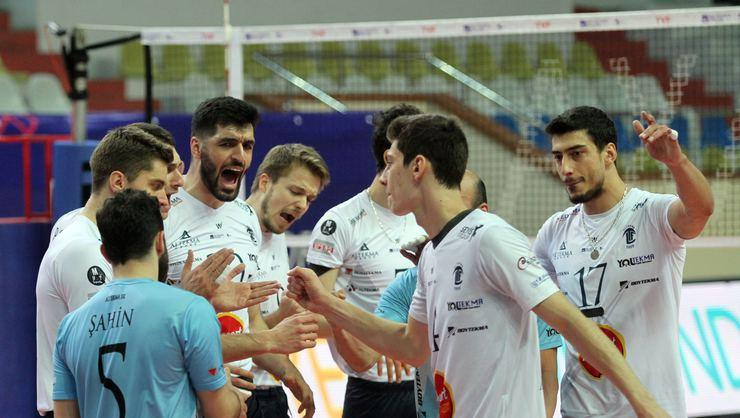 Altekma filede Play-Off'u hedefliyor